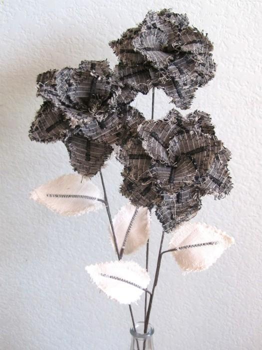 Текстильные цветы и веточки на проволоке и декор вазы тканью (17) (525x700, 102Kb)