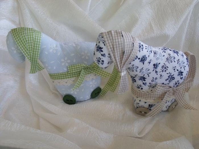 Нежные текстильные лошадки. Фото идея (3) (700x525, 225Kb)