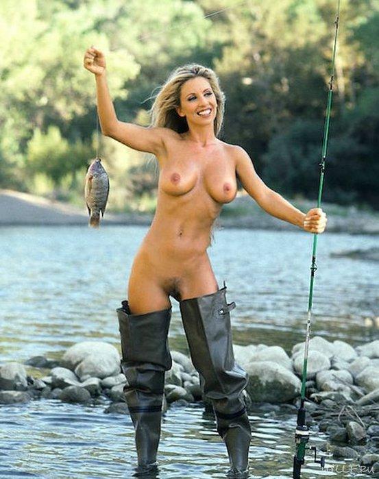 фото голых телок на рыбалке