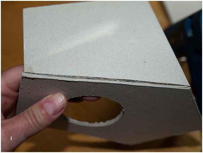 Домик для птички из картона, палочек от мороженого, с мозаикой из яичной скорлупы (7) (700x526, 29Kb)