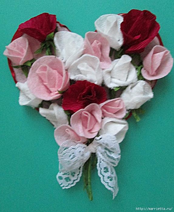 Розочки из вискозных салфеток. Цветочное панно - валентинка (28) (574x700, 348Kb)