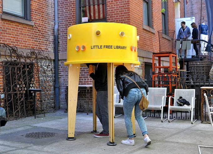социальный проект уличная библиотека в нью-йорке 3 (680x493, 175Kb)