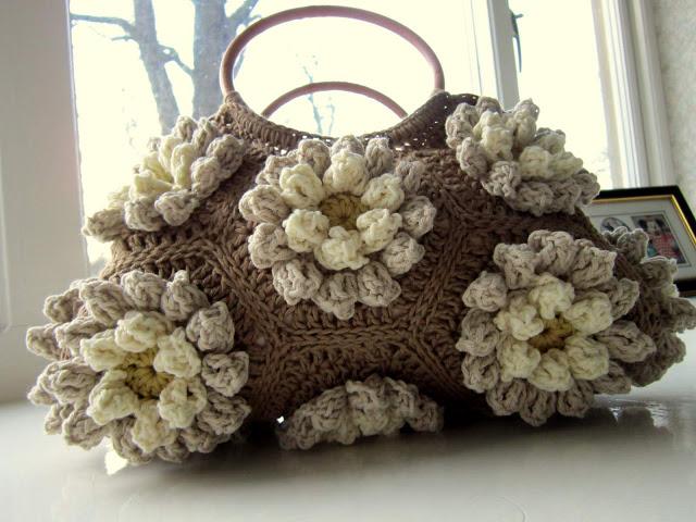 Шикарная сумка из шестигранных объемных мотивов