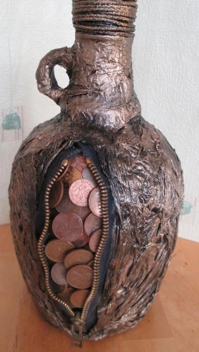 Монетизированная бутылочка для подарка с намеком. Мастер-класс (13) (396x700, 213Kb)