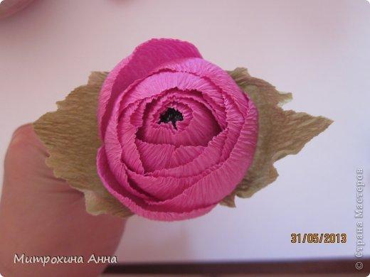 бутоны роз из гофрированной бумаги. мастер-класс (21) (520x390, 27Kb)
