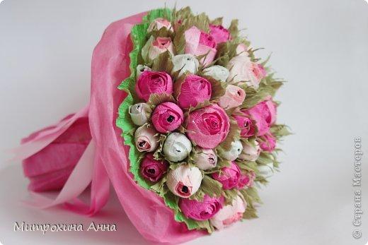 бутоны роз из гофрированной бумаги. мастер-класс (23) (520x347, 33Kb)