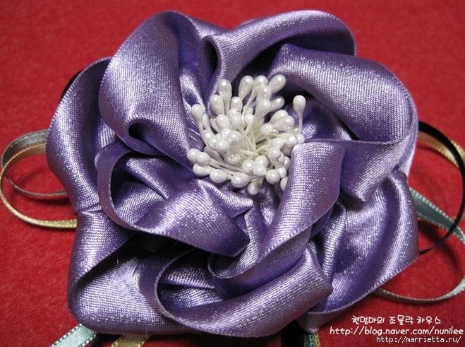 Украшения своими руками. Стильные цветы из атласных лент (18) (659x491, 260Kb)