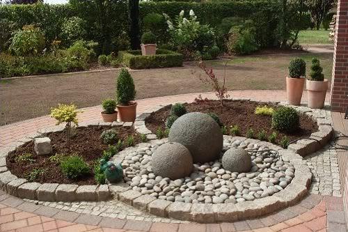 Декоративные шары из цемента для сада. Идеи и мастер-класс (11) (500x333, 66Kb)