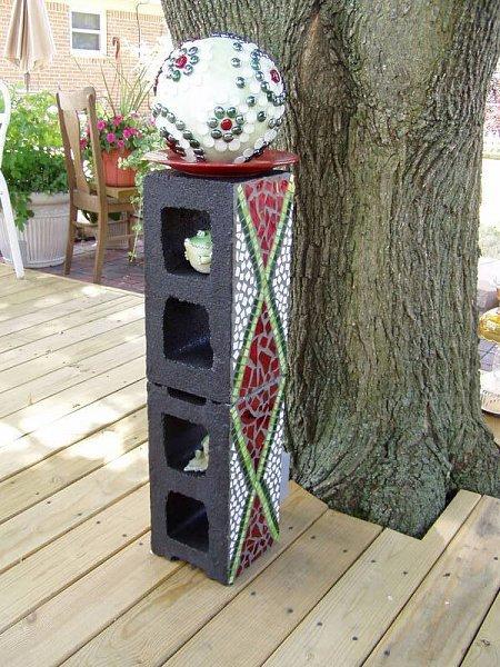Bolas decorativas feitas de cimento para o jardim.  Idéias e master class (26) (450x600, 94KB)