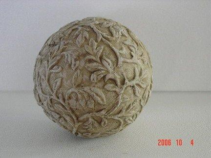 Bolas decorativas feitas de cimento para o jardim.  Idéias e master class (50) (432x324, 28 KB)