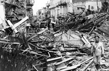 1908 г. Мессина после землетрясения 1 (450x294, 131Kb)