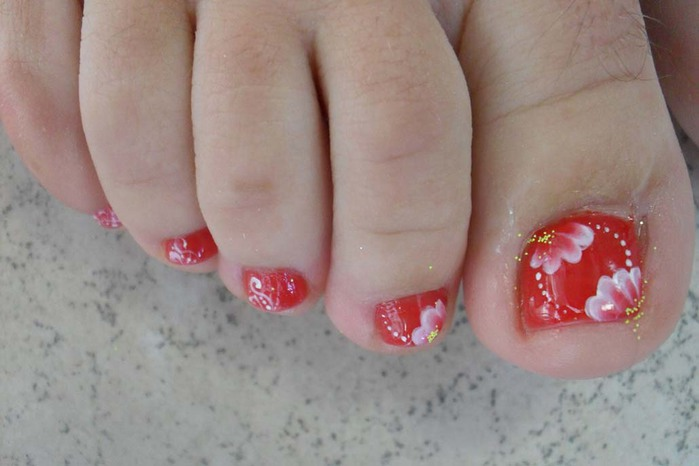 modnyj_pedicure_2012_foto_06 (700x466, 58Kb)