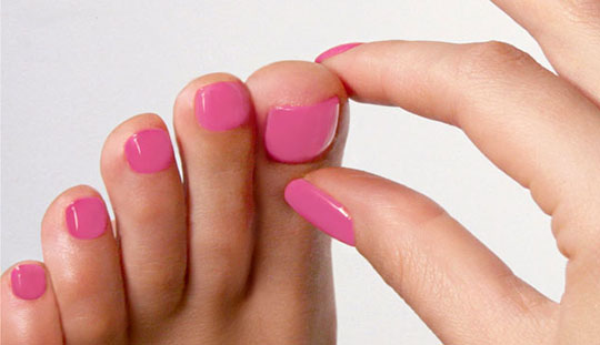 modnyj_pedicure_2012_foto_39 (540x311, 40Kb)