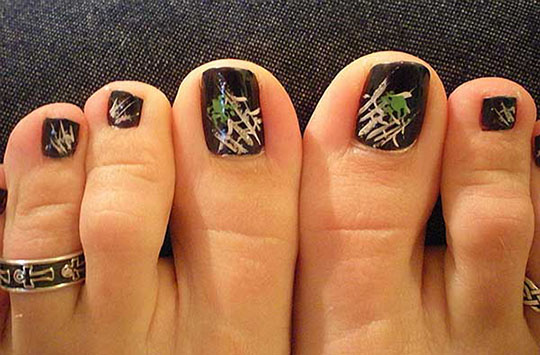 modnyj_pedicure_2012_foto_48 (540x355, 73Kb)