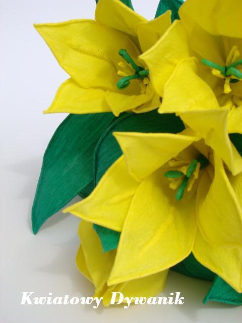 Желтые тюльпаны из креповой бумаги. Фото мастер-класс (4) (480x640, 42Kb)