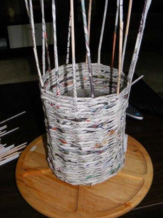 Плетение из газет. МЕЛЬНИЦА. Мастер-класс (4) (525x700, 277Kb)