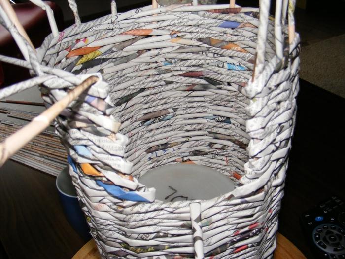 Плетение из газет. МЕЛЬНИЦА. Мастер-класс (12) (700x525, 307Kb)