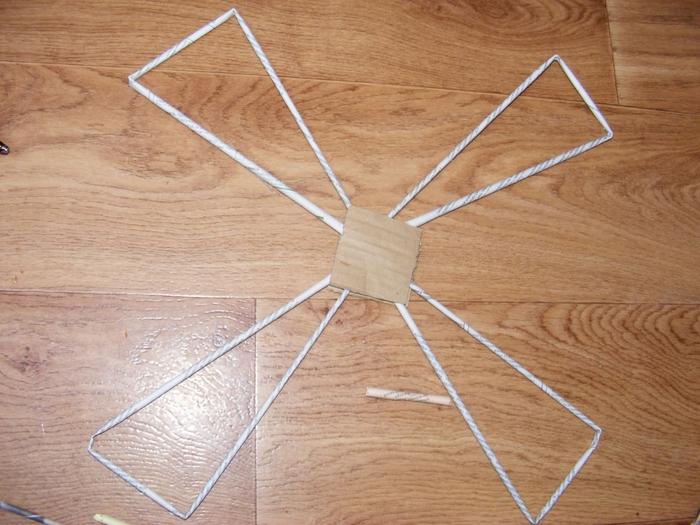 Плетение из газет. МЕЛЬНИЦА. Мастер-класс (46) (700x525, 292Kb)