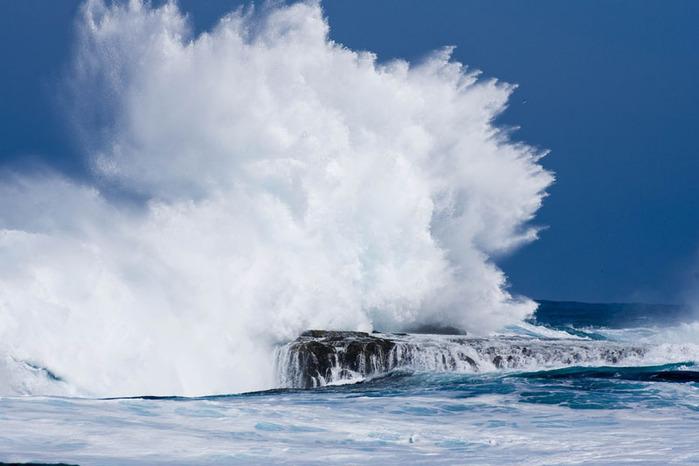 красивые волны фото 2 (700x466, 76Kb)