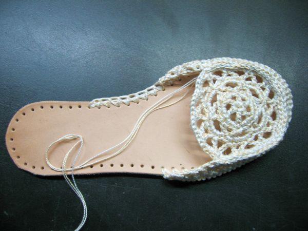 Вязанные туфли крючком
