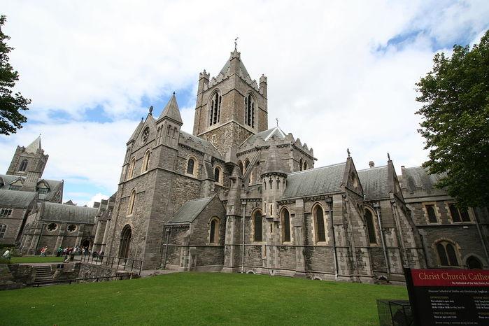 1280px-Christchurch02 (700x466, 71Kb)
