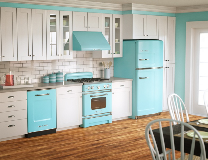 big_chill_kitchen_white_and_blue (700x537, 112Kb)