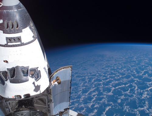 Shuttle_Endeavour_Arrives (500x382, 27Kb)