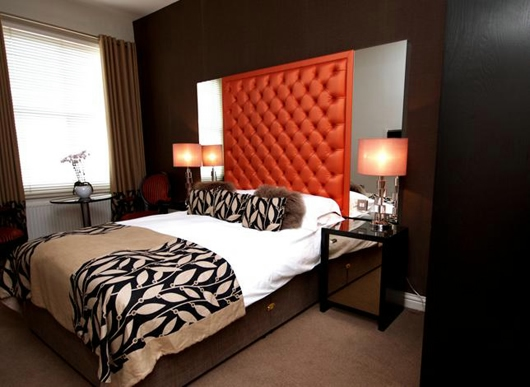 combo-red-black-white-bedroom9 (530x387, 128Kb)