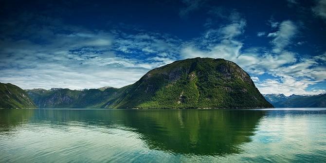 норвежские фьорды фото Sognefjorden 2 (670x335, 180Kb)