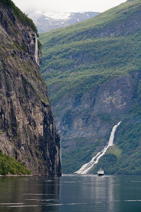 норвежские фьорды фото Geirangerfjorden 6 (466x700, 302Kb)