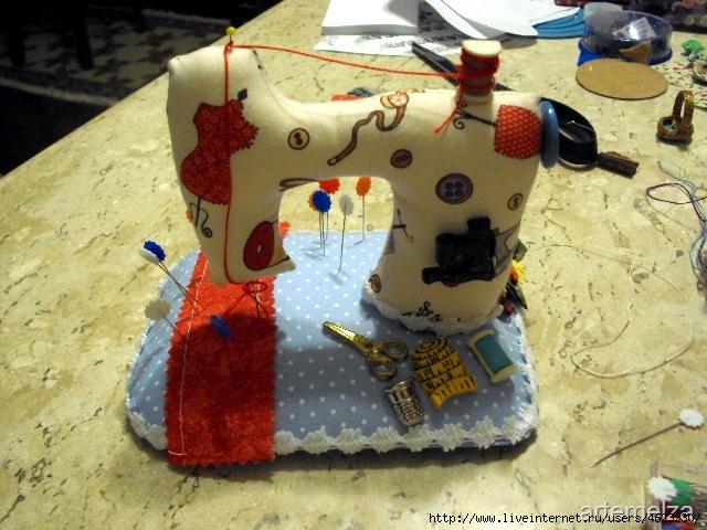Как сшить на швейной машинке подушку 465