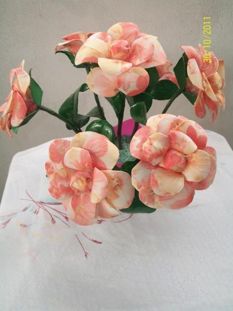 цветы из пластиковых бутылок (21) (469x625, 118Kb)