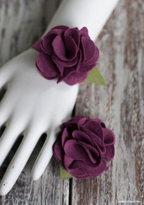 Клубничка и цветы из войлока для украшения подарка. Мастер-класс и шаблон (1) (493x700, 220Kb)