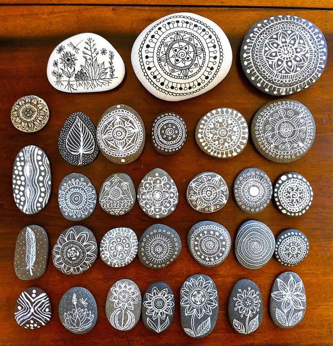 мандалы на камнях фото 2 (672x700, 467Kb)