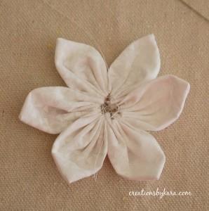 Как сшить цветы из ткани. Мастер-класс (11) (298x300, 45Kb)