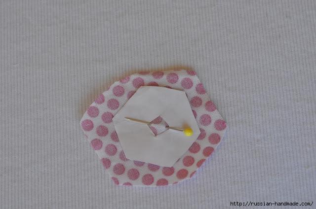 Урок лоскутного шитья. Цветочек из шестиугольников для аппликации (3) (640x424, 134Kb)