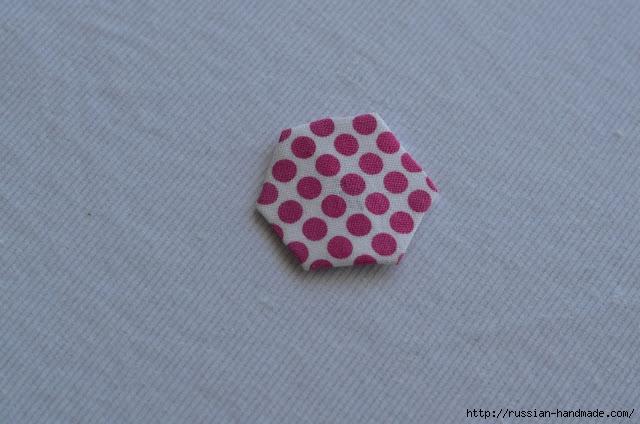 Урок лоскутного шитья. Цветочек из шестиугольников для аппликации (11) (640x424, 149Kb)