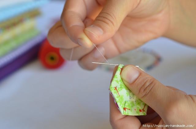 Урок лоскутного шитья. Цветочек из шестиугольников для аппликации (17) (640x424, 104Kb)
