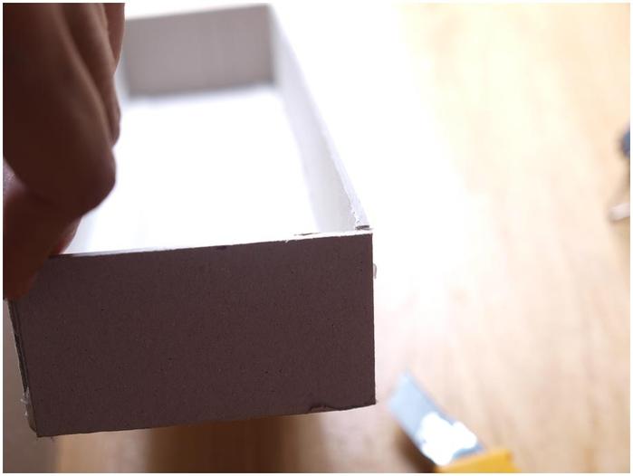 Портфель из картона с подсолнухом и паучком. Подарок для учителя своими руками (17) (700x526, 104Kb)