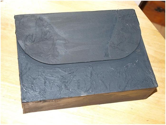 Портфель из картона с подсолнухом и паучком. Подарок для учителя своими руками (23) (700x526, 241Kb)
