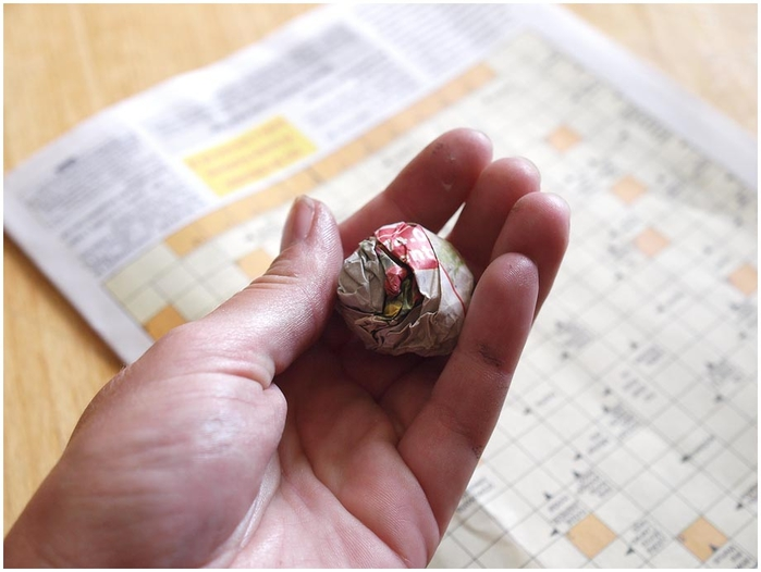 Портфель из картона с подсолнухом и паучком. Подарок для учителя своими руками (28) (700x526, 182Kb)