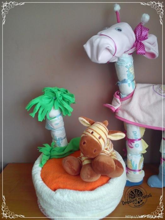 Замечательные подарки для новорожденного из памперсов! (12) (525x700, 257Kb)