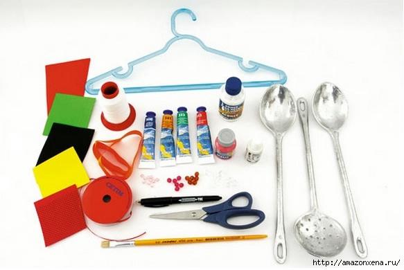 Как своими руками сделать яркие игрушки для малыша. Из вешалки, половников и фоамирана (2) (583x390, 103Kb)