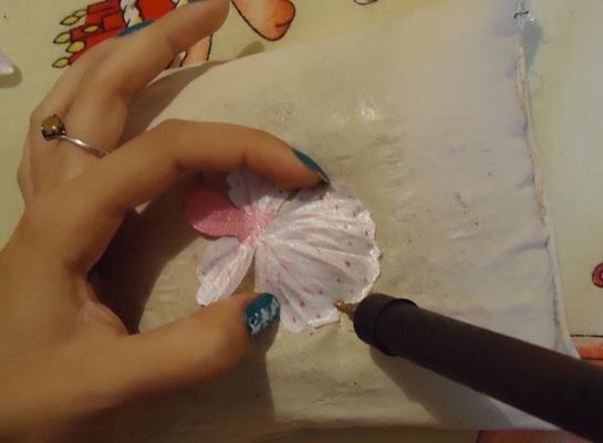 как сделать цветы орхидеи из ткани (6) (545x401, 112Kb)