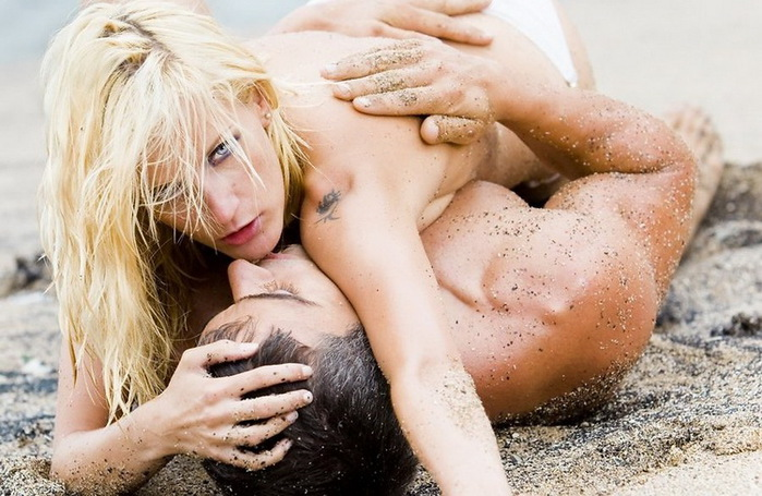 Make Your Sex Life As Hot As The Weather This Summer With These 5 Sexy