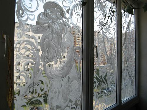 украшение балконов на новый год/1371795866_ukrashenieokonknovomugodu61 (500x375, 40Kb)