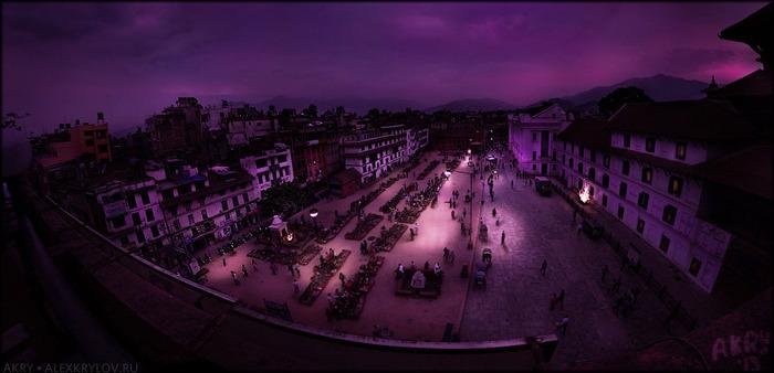 Nepal : Kathmandu : Durbar Sqr/1371799485_900px_p16bit_NPL13_20130428_151027_akry_01185rt_panorama_vCopy1 (700x338, 74Kb)