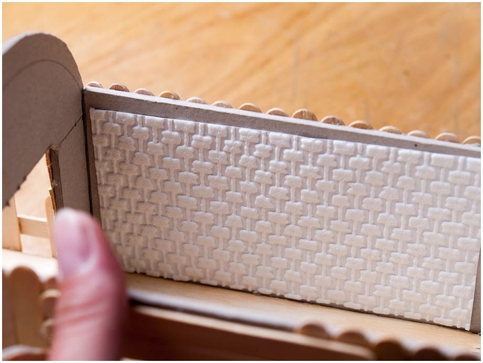 Домик на колесах из картона и палочек от мороженого. МАСТЕР-КЛАСС (52) (700x526, 210Kb)