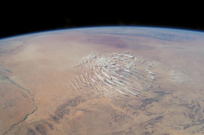 фото земли из космоса 4 (700x462, 162Kb)