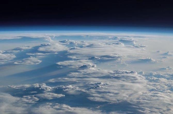 фото земли из космоса 7 (670x442, 97Kb)